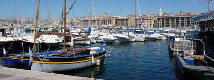 Marsilya eski limanda tekneler